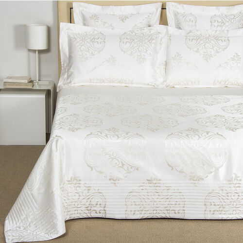 Luxury Ornate Medallion Lightquilt