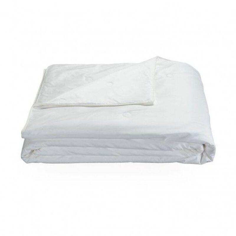 Villa Silk Light Comforter