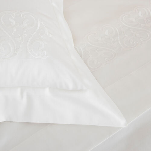 Ornate Medallion Embroidered Duvet Cover Set