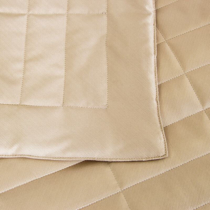 Twill Light Quilt