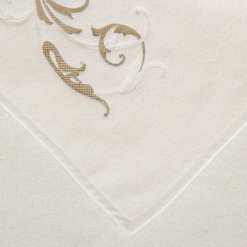 Tracery Embroidered Bath Sheet