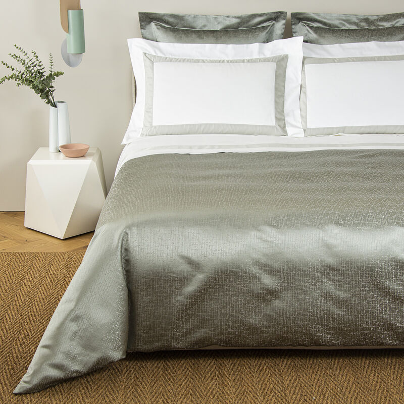 Luxury Glowing Weave Duvet Cover Set