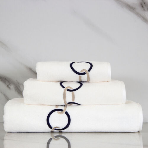 Links Ricamo Serviette De Douche
