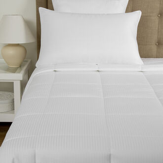 Nuvola Medium Down Alternative Comforter