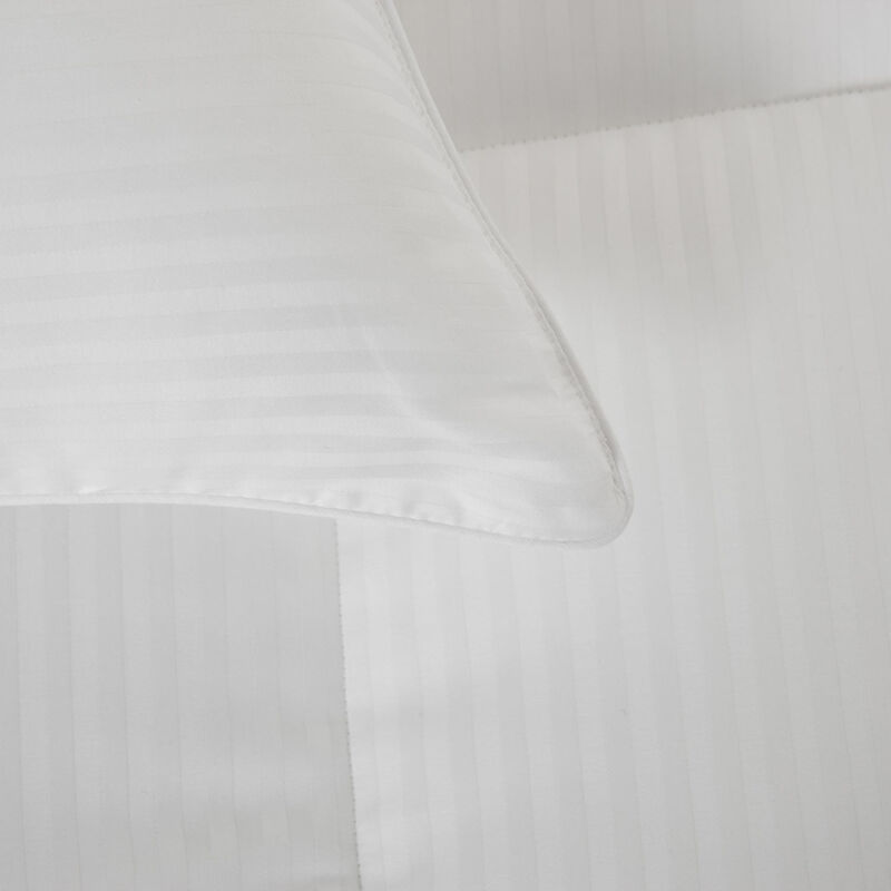 Nuvola Light Down Alternative Comforter