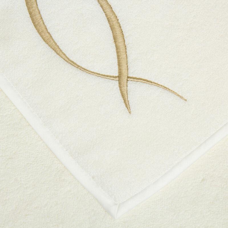 Lotus Flower Embroidered Bath Sheet