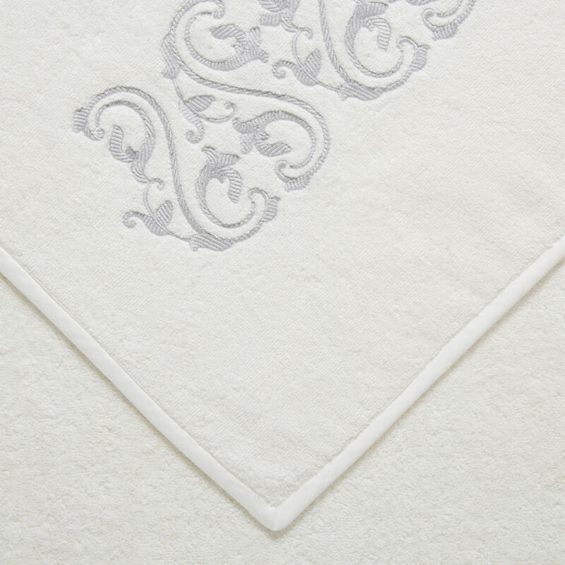 Ornate Medallion Embroidered Bath Sheet