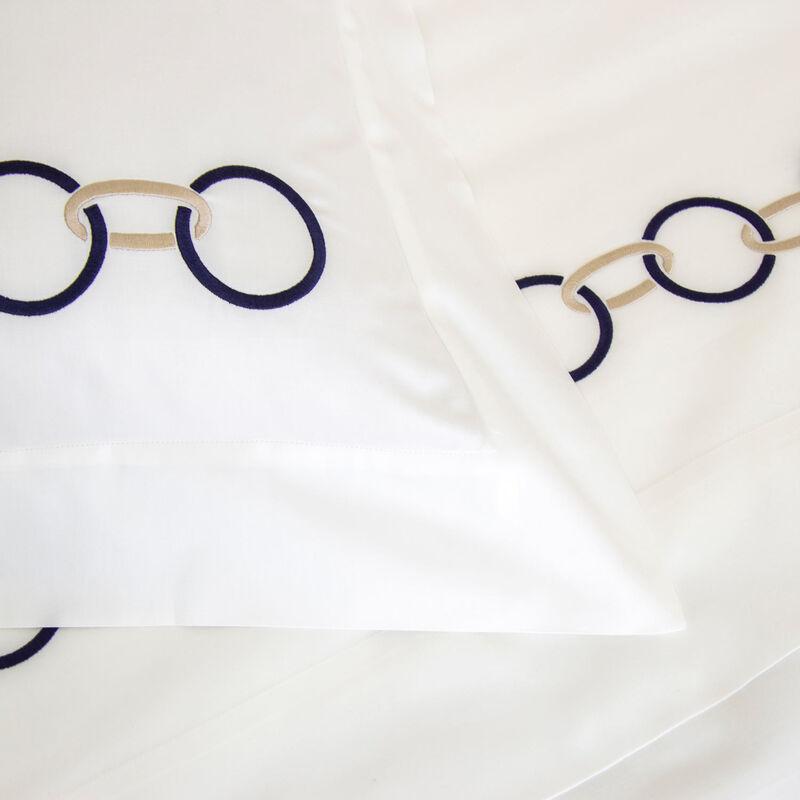 Links Embroidered Taie D'Oreiller Carrée
