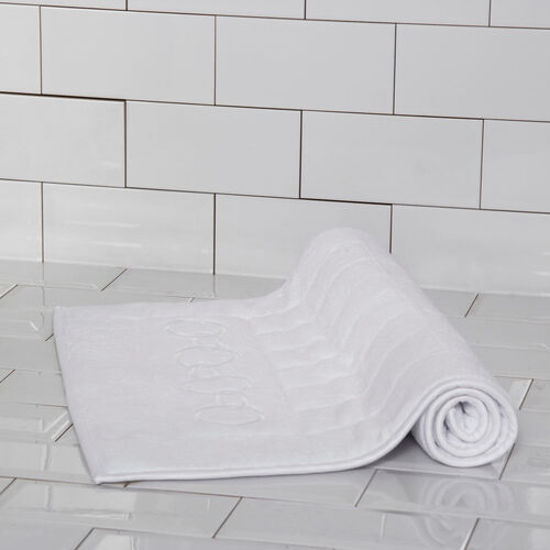 Links Embroidered Bath Mat